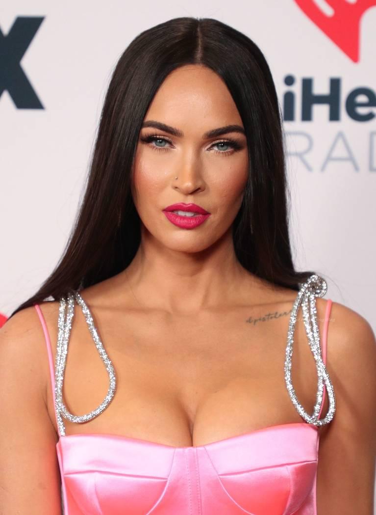 Megan Fox Sexy 27