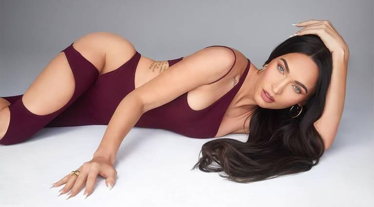 Megan Fox Sexy 4