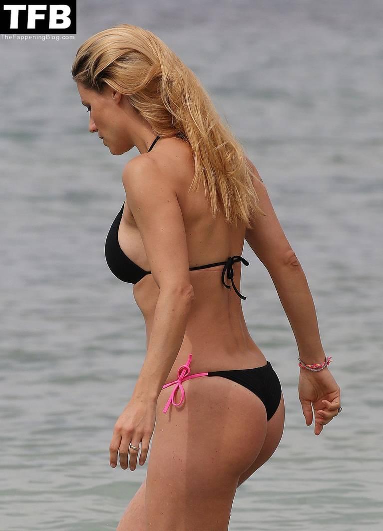 Michelle Hunziker Nude Sexy Topless 78