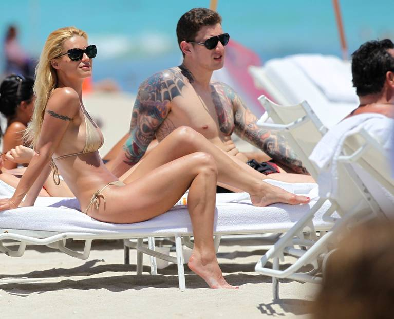 Michelle Hunziker Nude Sexy Topless 87