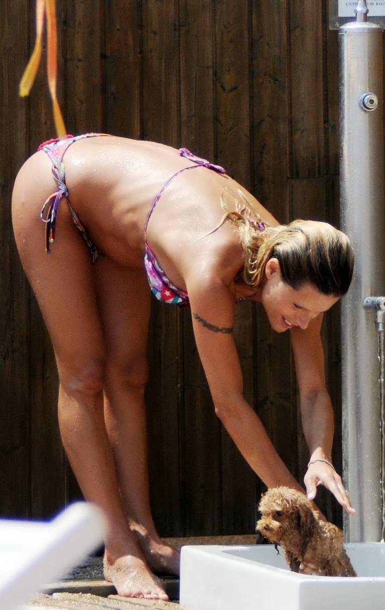 Michelle Hunziker Nude Sexy Topless 94