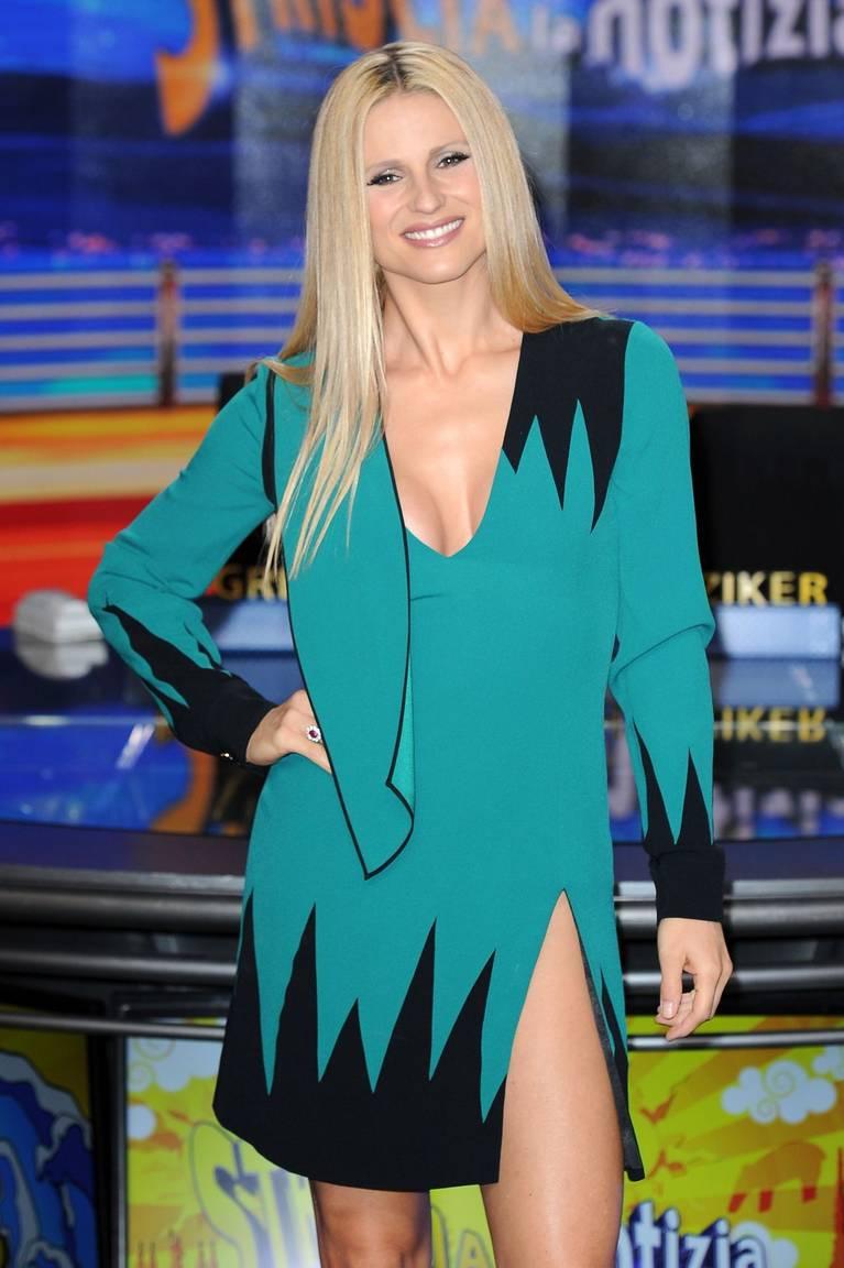 Michelle Hunziker Nude Sexy Topless 145
