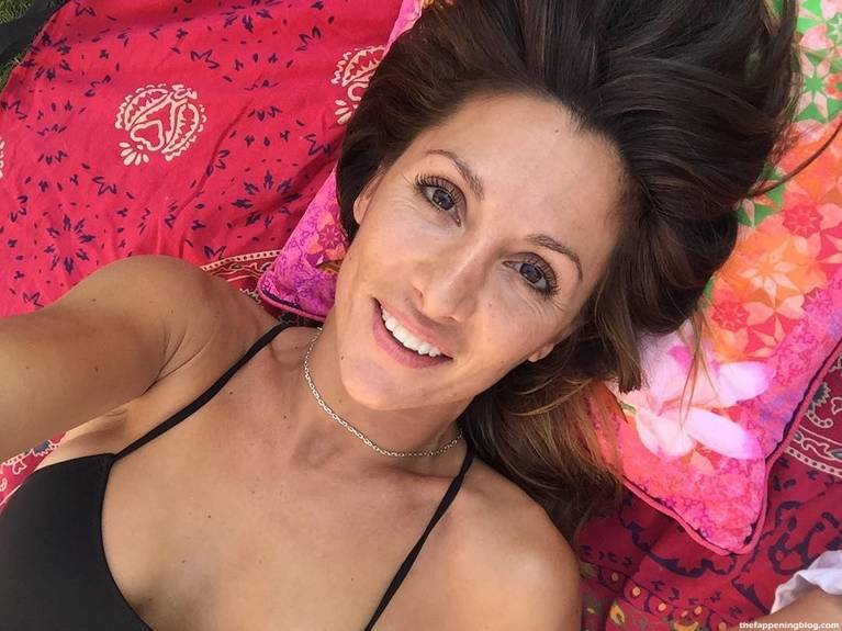 Nagore Robles Nude Sexy 18