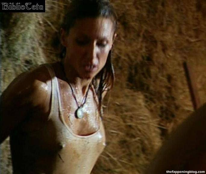Nagore Robles Nude Sexy 44