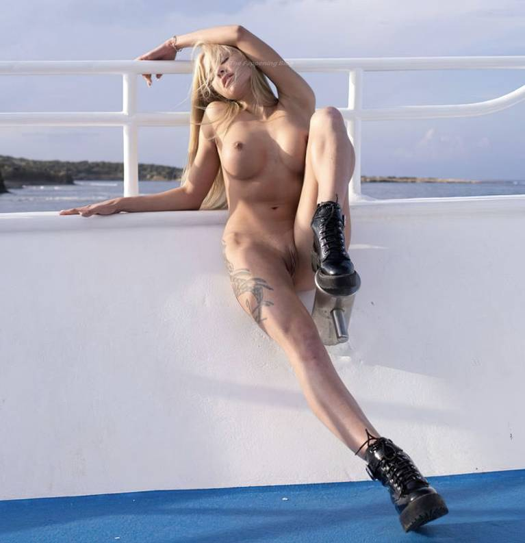 Nata Lee Nude Sexy 1
