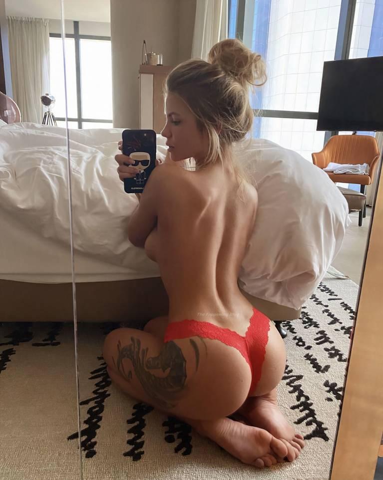 Nata Lee Nude Sexy 34