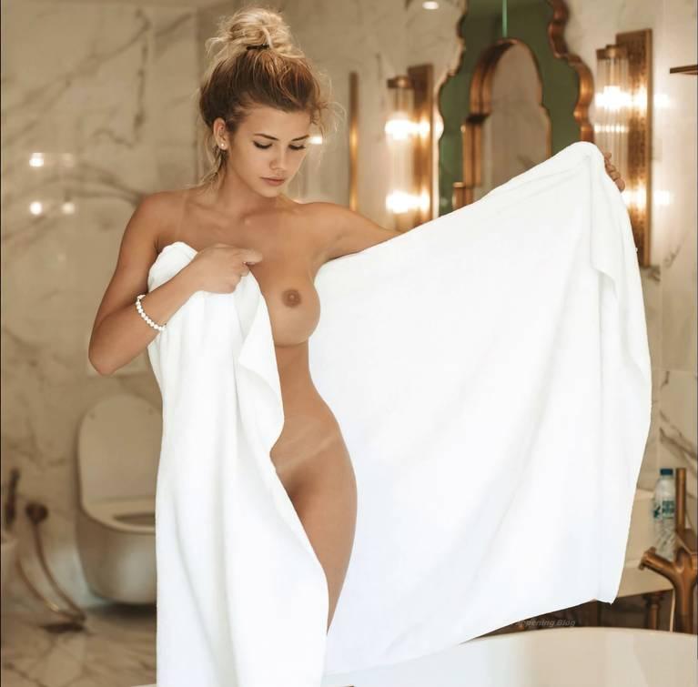 Nata Lee Nude Sexy 65