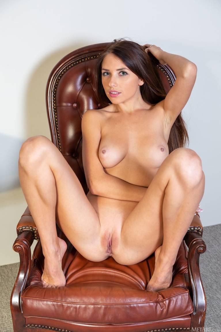 Niemira Nude 58
