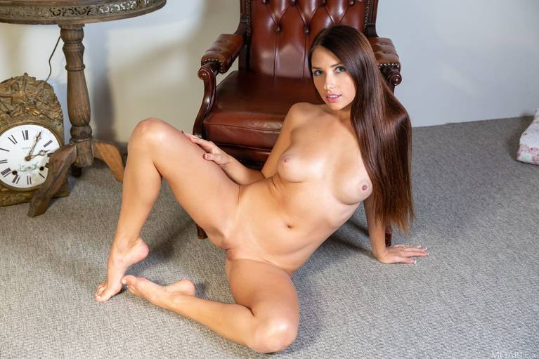 Niemira Nude 78