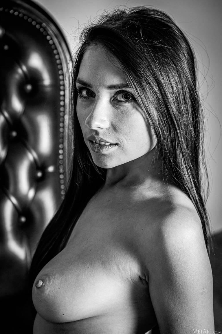 Niemira Nude 154