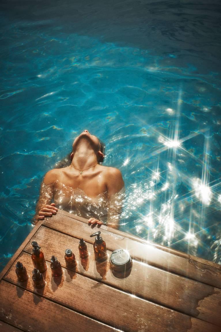 Olivia Wilde Nude Topless 6