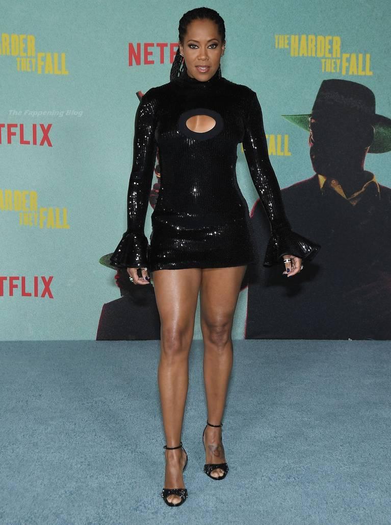 Regina King Sexy Legs 32