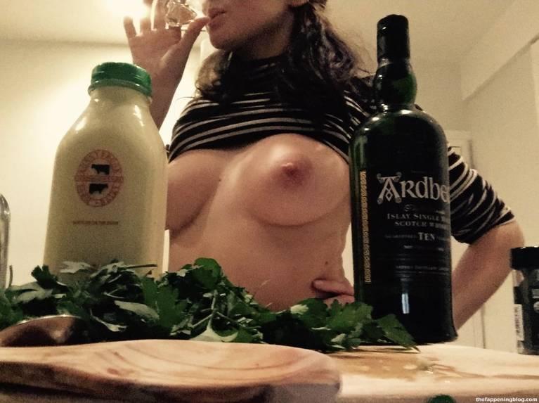 Shailene Woodley Nude Leaked The Fappening 1