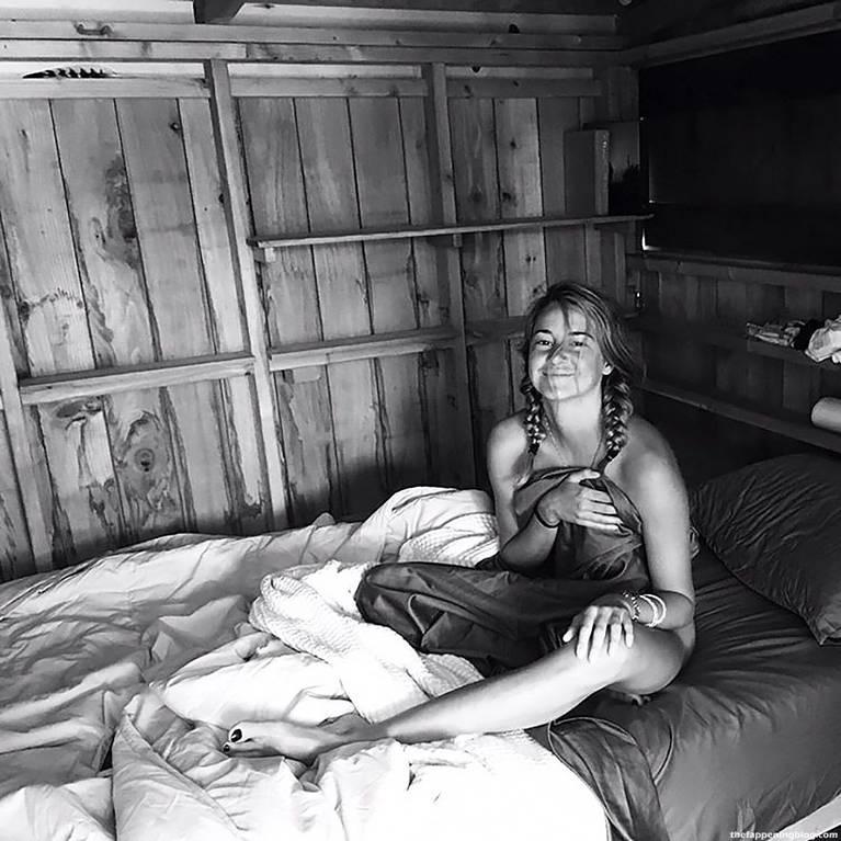 Shailene Woodley Nude Sexy Leaks Fappening 70