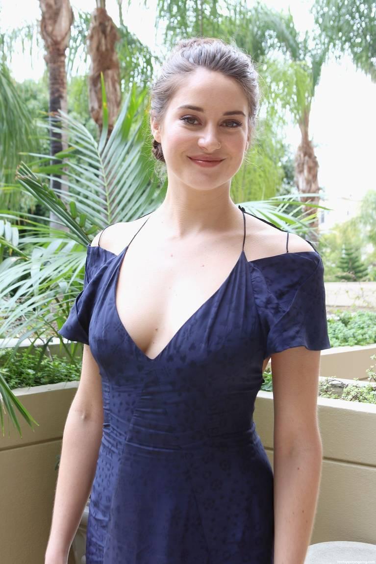 Shailene Woodley Nude Sexy Leaks Fappening 111