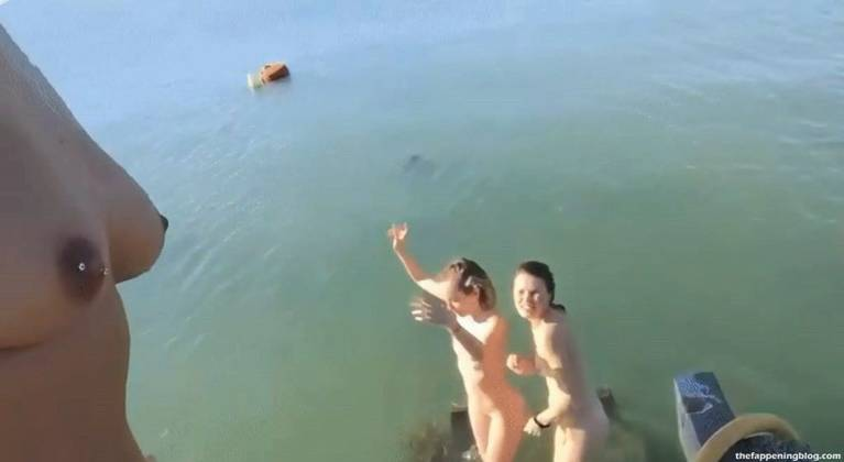 Shailene Woodley Nude Sexy Leaks Fappening 117