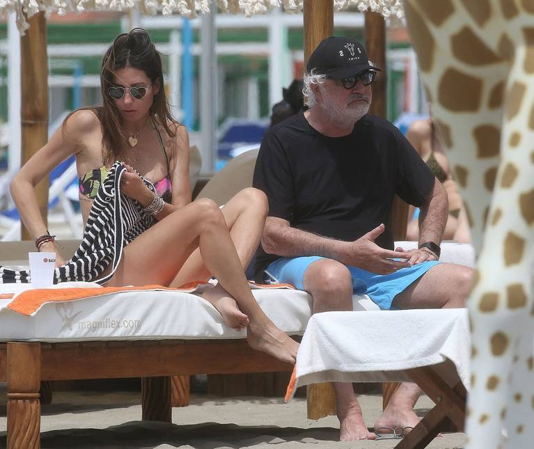 Site News on Beach Bikini Ass 23