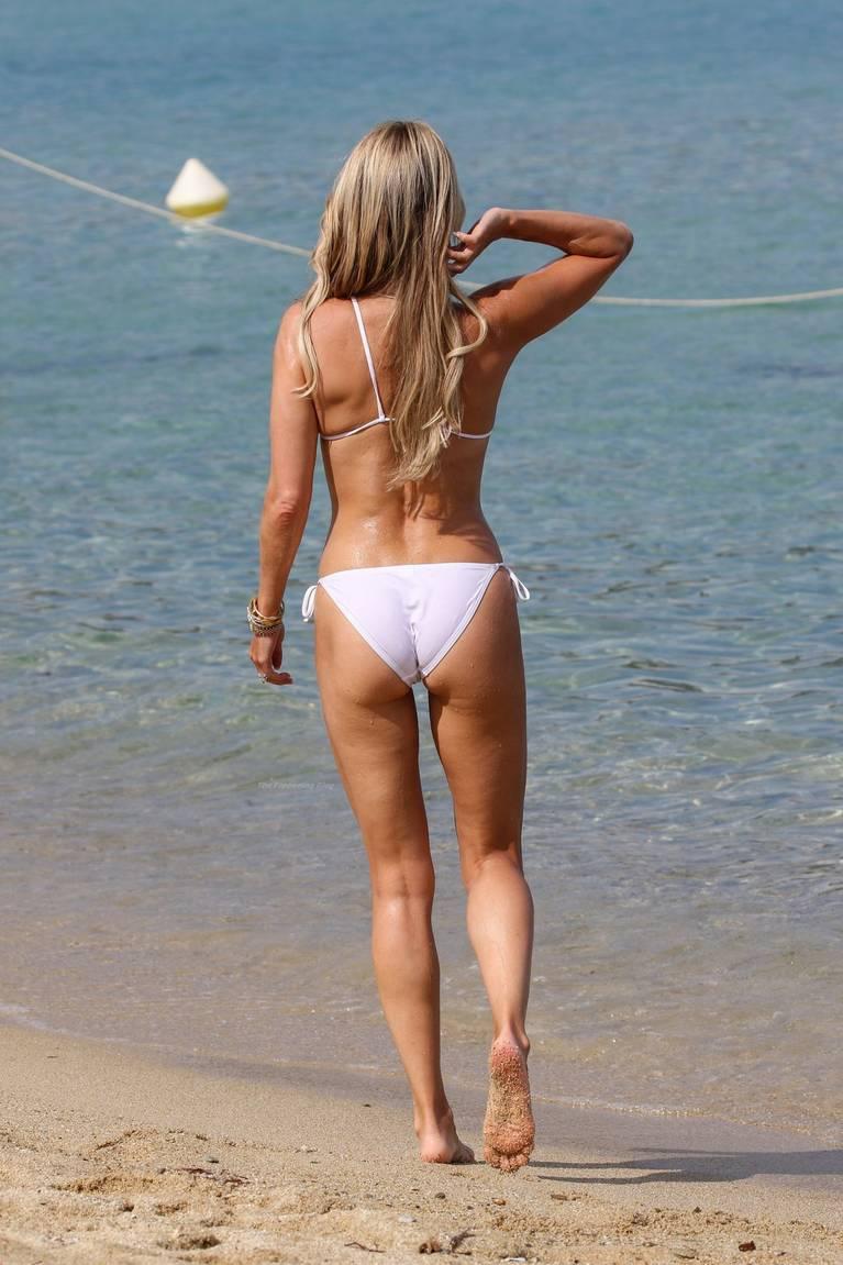 Sylvie Meis on Beach 13