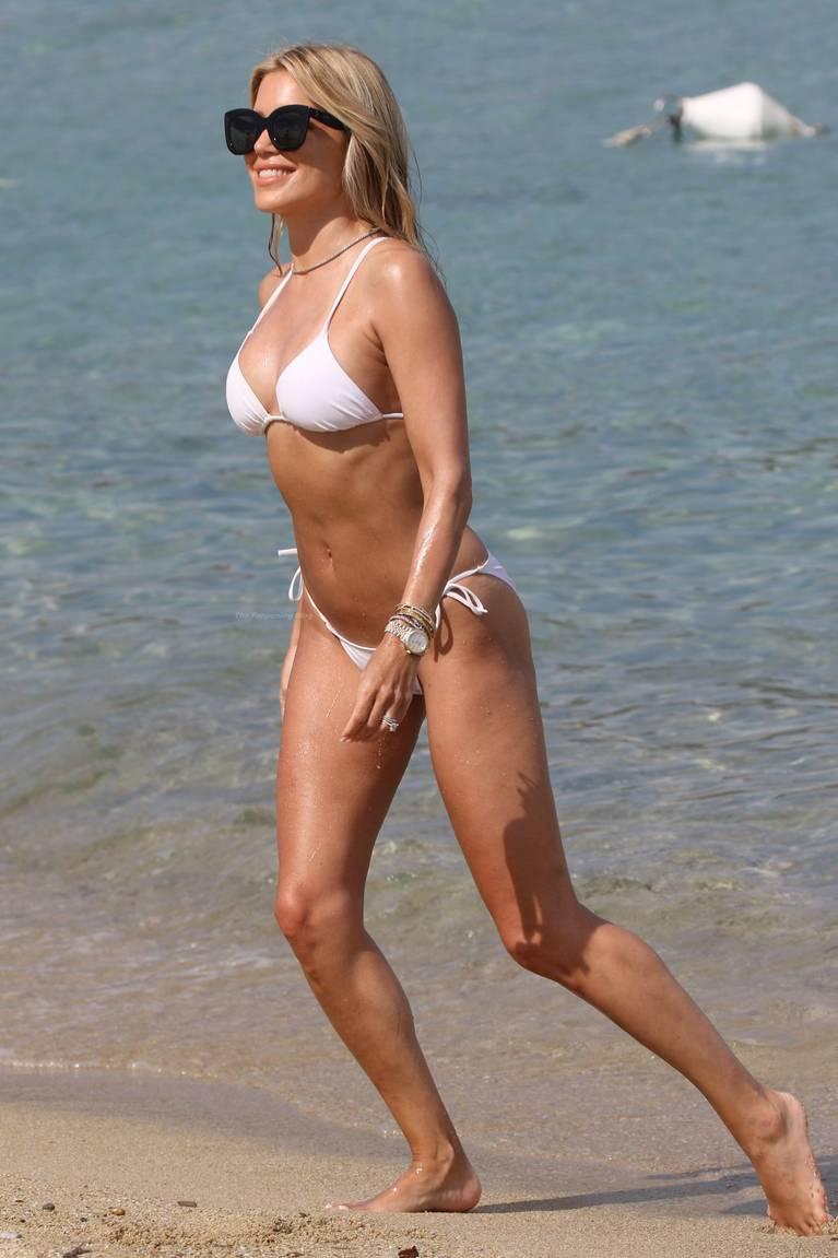 Sylvie Meis on Beach 34