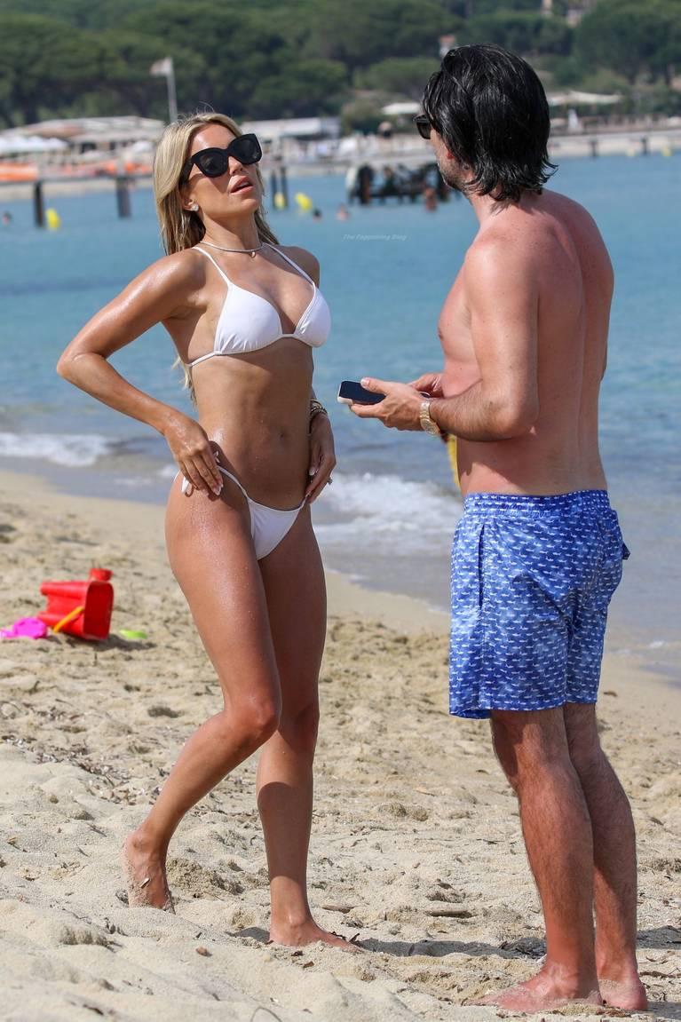 Sylvie Meis on Beach 40