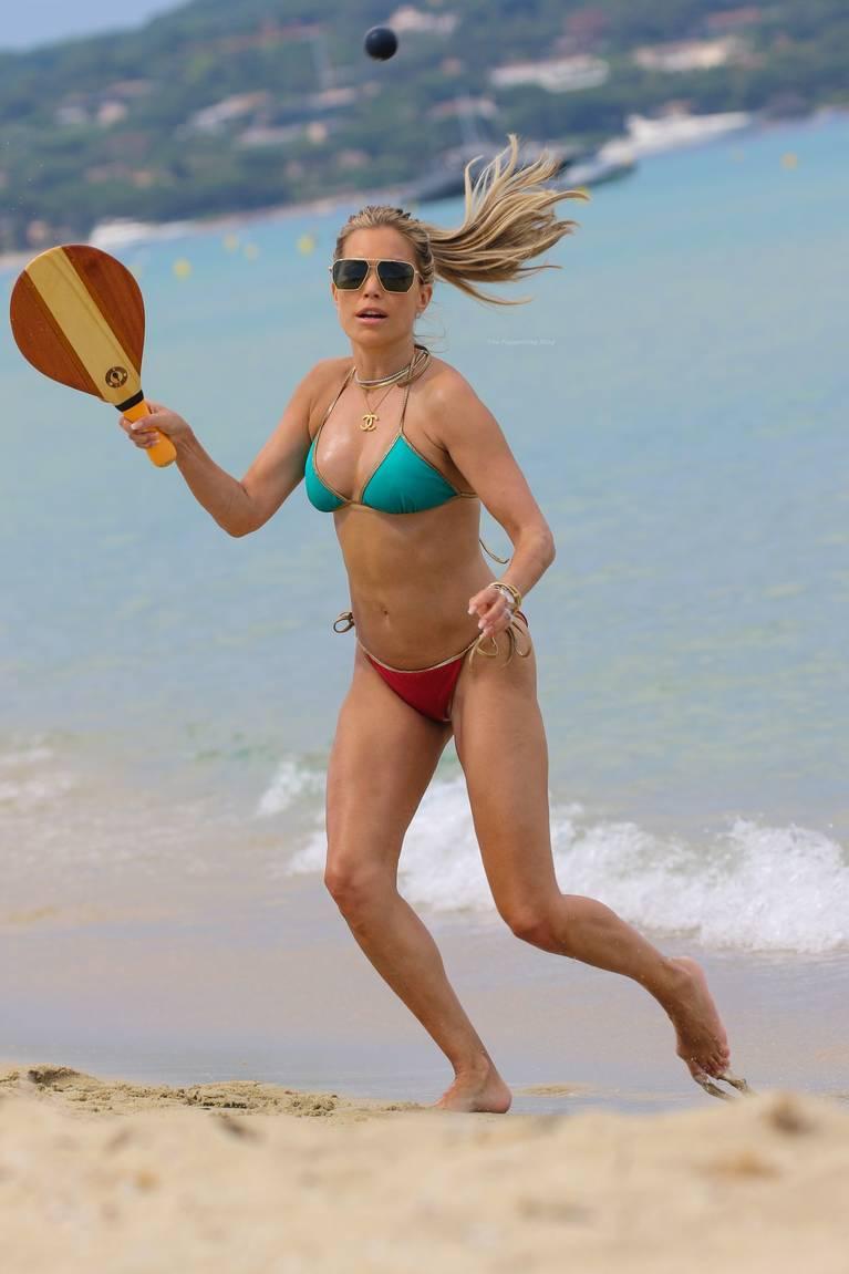 Sylvie Meis on Beach 1