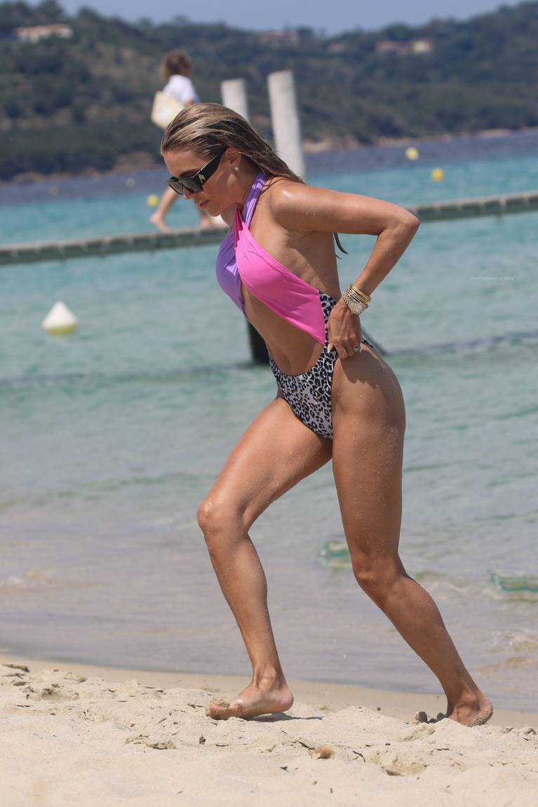 Sylvie Meis on Beach 64
