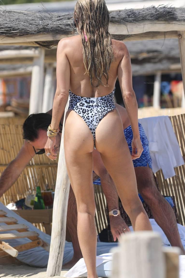 Sylvie Meis on Beach 75