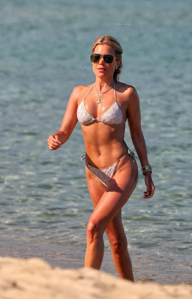 Sylvie Meis Bikini 114