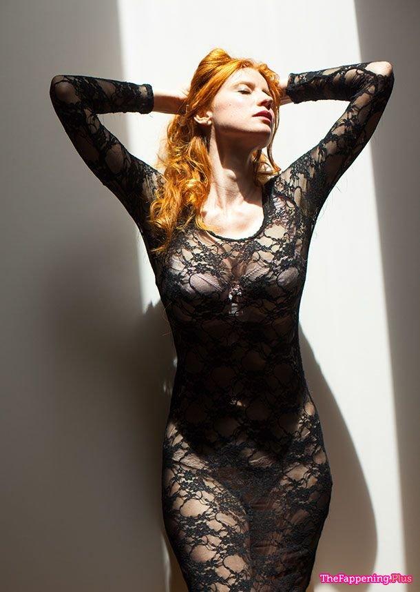 nackt Rae Odessa Heather Graham
